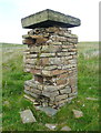 SE0329 : Mysterious pillar on Warley Moor by Humphrey Bolton