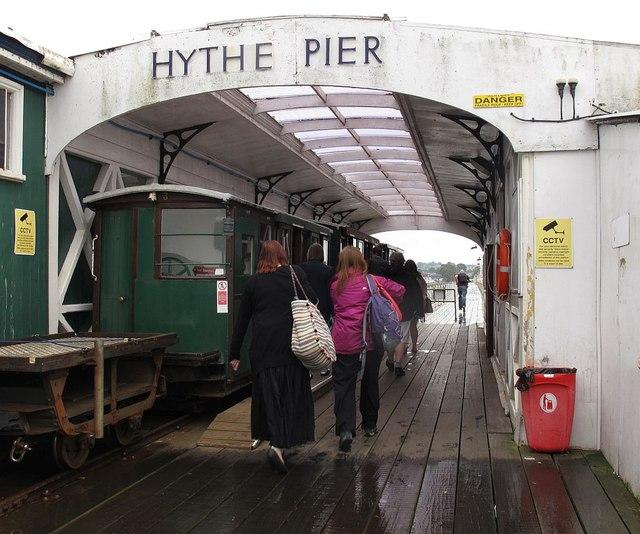 Hythe Pier, rail terminus