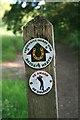 TQ2349 : Horse ride waymark by Hugh Craddock