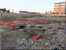 TL4658 : Archaeological dig by the new Travelodge by Hugh Venables