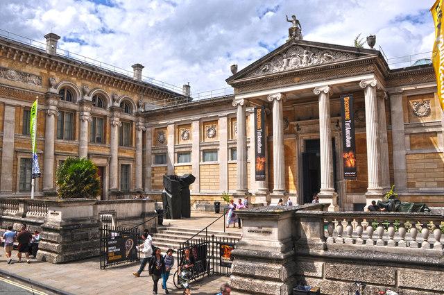 Oxford : Ashmolean Museum