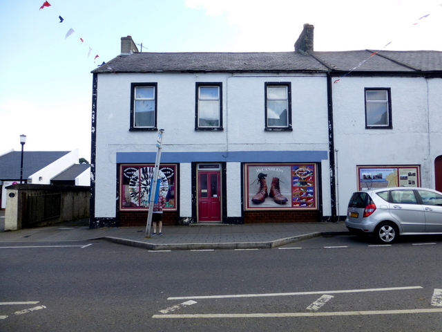 McCandless vacant shop, Bushmills