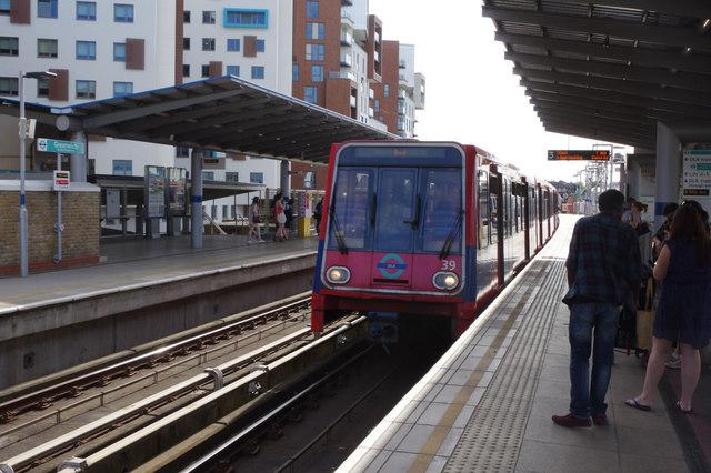 Greenwich DLR Station