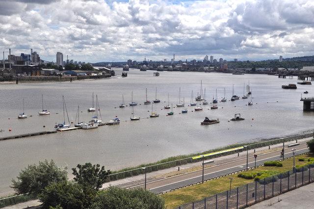 London : Royal Borough of Greenwich - The River Thames