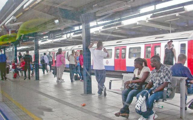 West Ham Station: platform scene