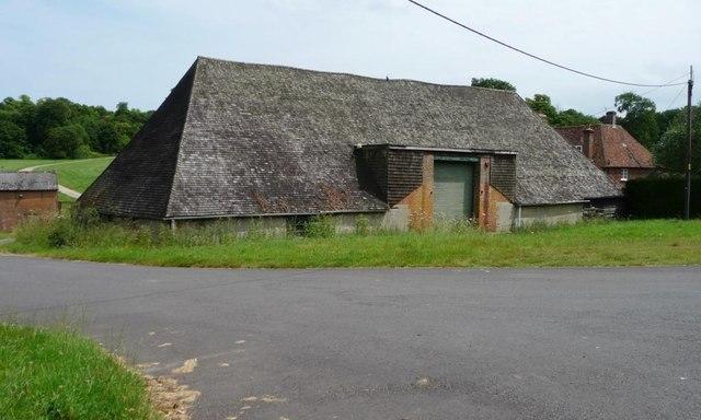 Grade 2 listed barn, East Stoke Farm