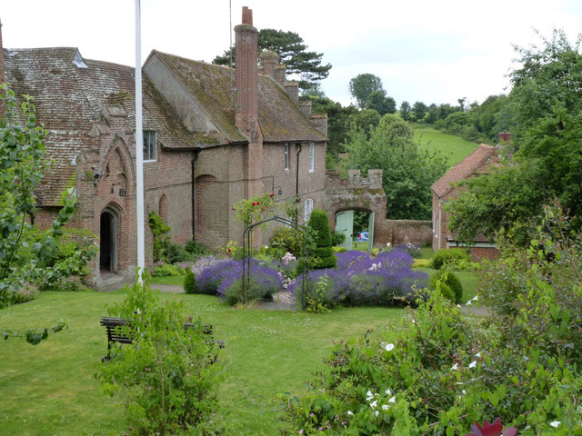 Ewelme, God's Place garden and the school house