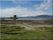 NM9247 : Loch Laich and Castle Stalker by Euan Nelson