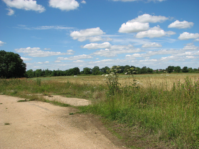 Fields east of the Stonecross Industrial Estate