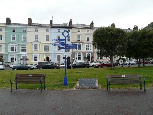 Signpost and benches on North Parade