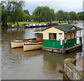 SP2054 : River cruise ticket office and departure point, Stratford-upon-Avon by Jaggery