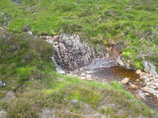 Fall in the course of Allt Beithe Mor above Gleann Chomraidh, Rannoch