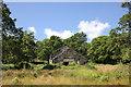 SH5847 : Ruined Farmhouse in the Cwm Cloch Curves by Jeff Buck