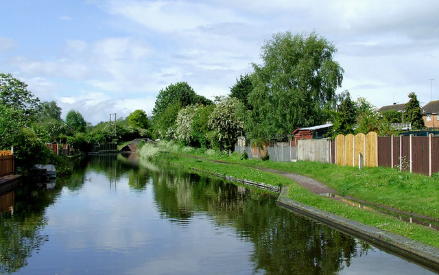 Staffordshire and Worcestershire Canal at Swindon, Staffordshire