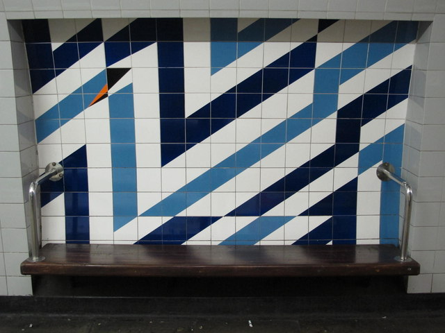 Stockwell tube station, Victoria Line, ceramic tiles