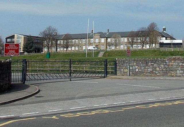 entrance gates to brynteg upper school      u00a9 jaggery