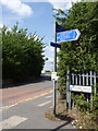 SK5538 : New cycle route signpost at Birdcage Walk by Alan Murray-Rust