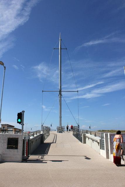 Pont y Ddraig (Dragon's Bridge), Rhyl