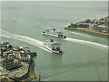 SZ6299 : The Mouth of Portsmouth Harbour by David Dixon