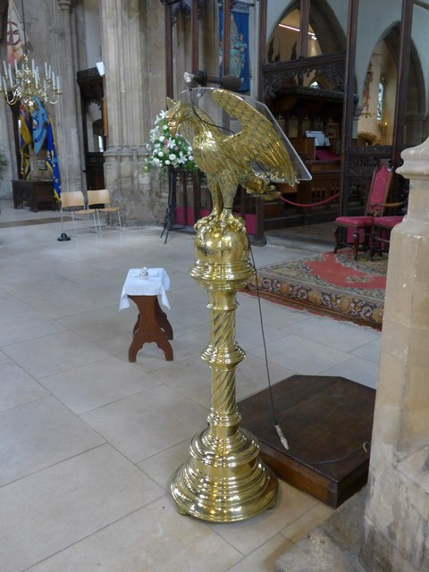 Inside St John the Baptist, Cirencester (32)