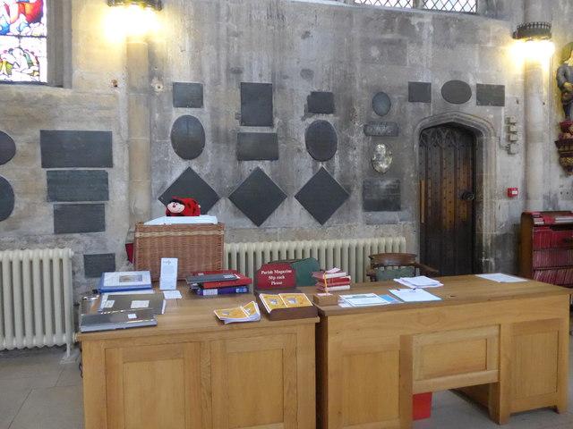Inside St John the Baptist, Cirencester (40)