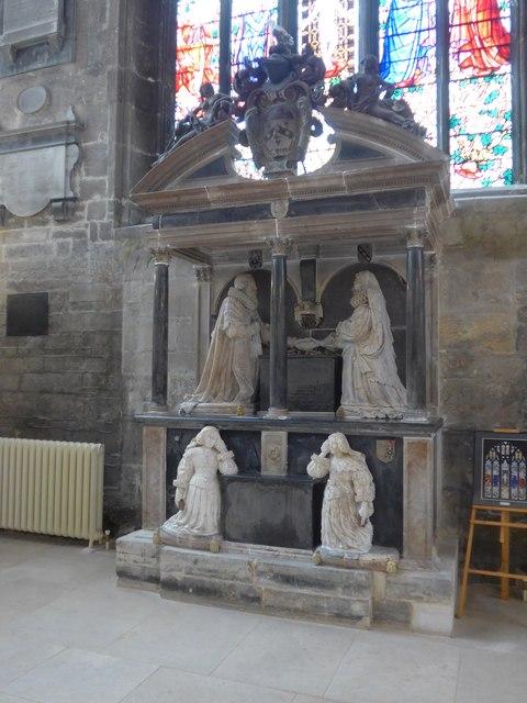 Inside St John the Baptist, Cirencester (43)