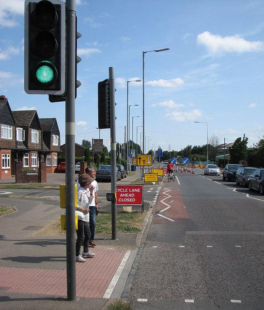 Milton Road: cycle lane closed