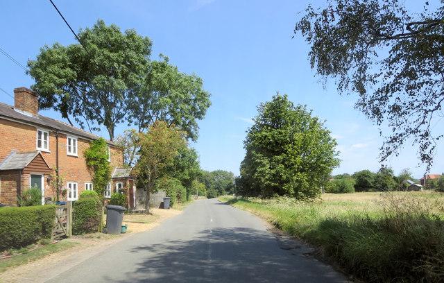 Bolter End Lane south of Laurel Farm
