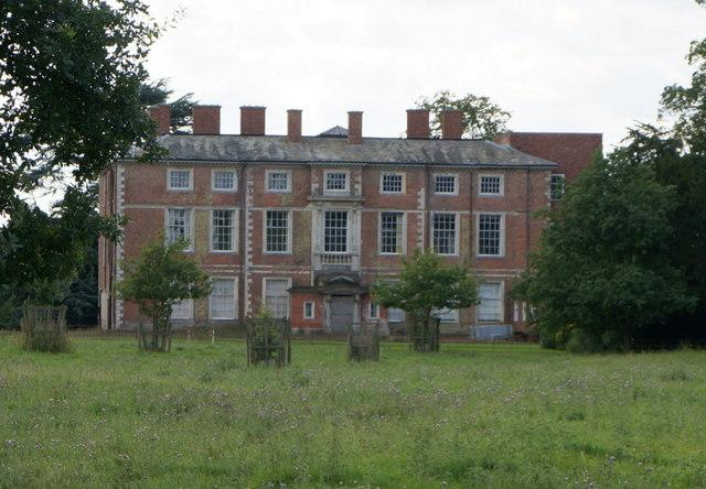 Nun Appleton Hall, Nun Appleton Estate