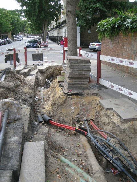 Works to power cables, Harewood Avenue