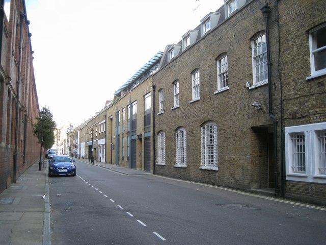 The length of Boston Place, alongside Marylebone station