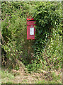 SK7569 : Stone Road End postbox Ref NG23 73 by Alan Murray-Rust