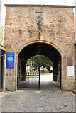 NS3321 : Archway to the Auld Kirk, Ayr by Billy McCrorie