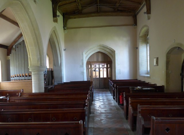 St Michael & All Angels, Letcombe Bassett: aisle