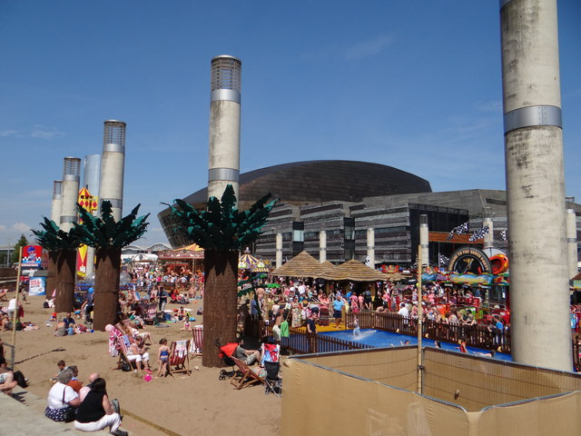 Summer fun at Cardiff Bay