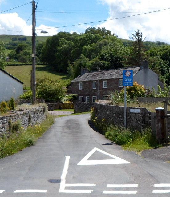 Width limit ahead, Mardy Lane, Llangynidr