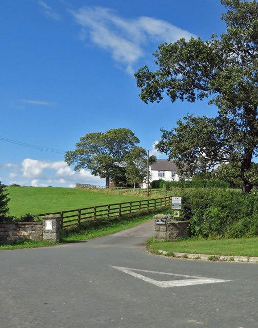Donnewell Farm entrance