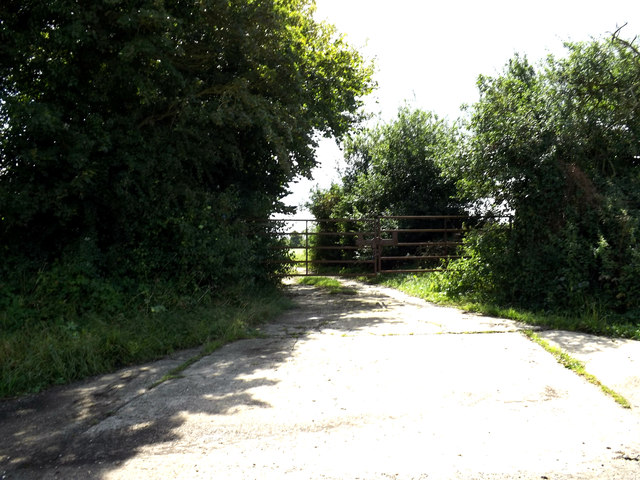 Field entrance off Toad Lane