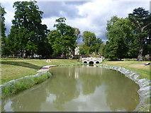 TQ1780 : Lake in Walpole Park by Marathon
