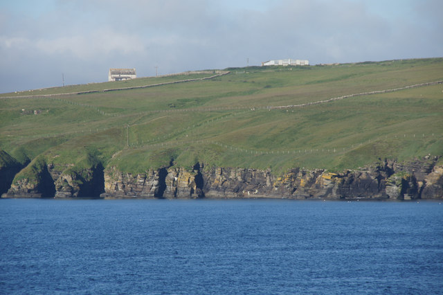 Cliffs between Holborn Head and Scrabster Harbour