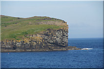 ND1071 : Holborn Head, Scrabster by Mike Pennington