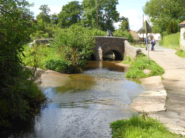 Ford and bridge on River Tale, Broadhembury
