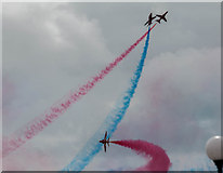TV6198 : The Red Arrows at Airbourne, Eastbourne, Sussex by Christine Matthews