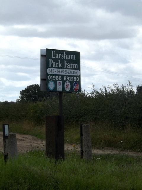 Earsham Park Farm sign