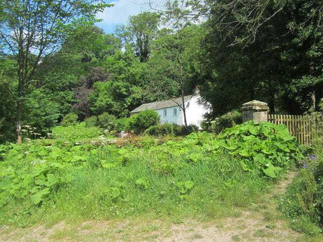 Cottage near Jackdaws' Scar
