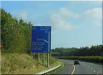 R6557 : The M7 / E20 towards junction 28 by Ian S