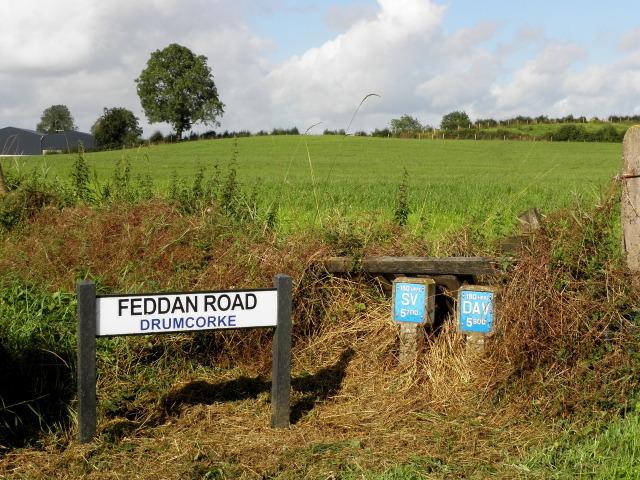 Road sign, Feddan Road