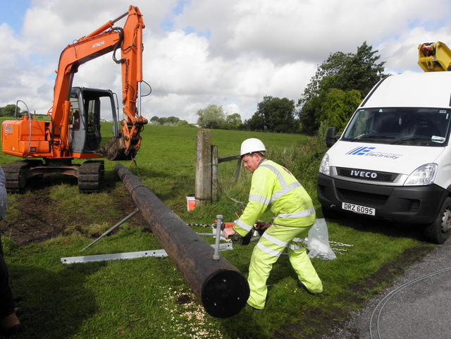 Installation of new electricity line, Tullybyran
