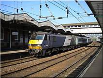 TM1543 : Colchester train at Ipswich by Richard Vince