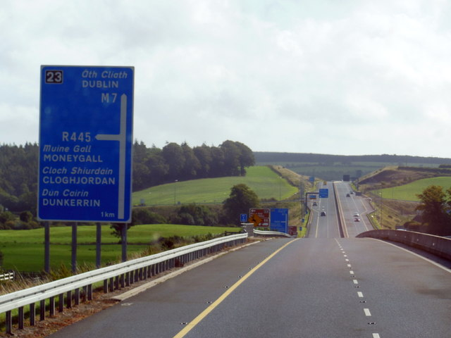 The M7 / E20 towards junction 23